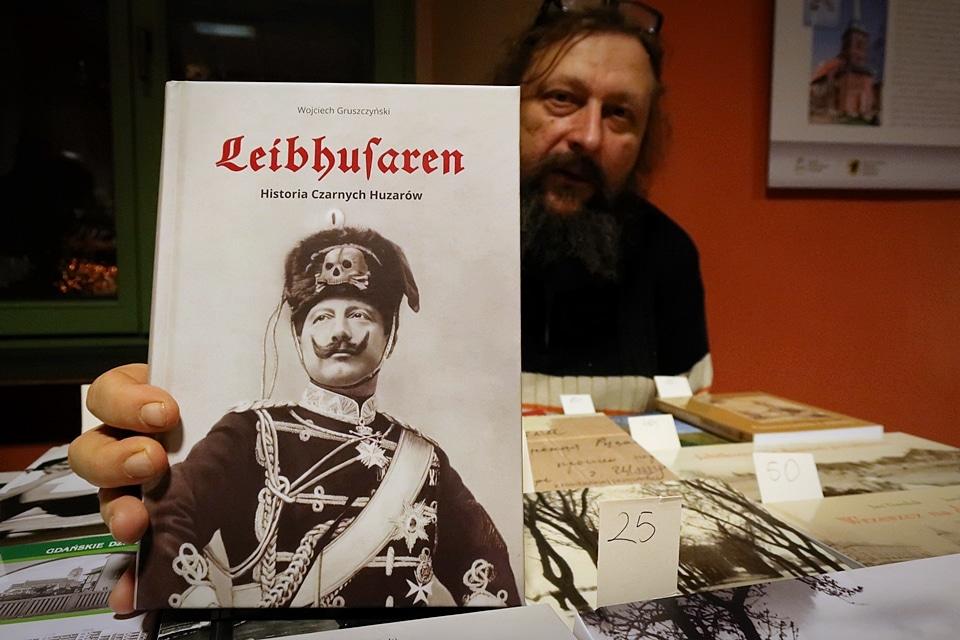 """""""Leibhusaren"""" - książka"""