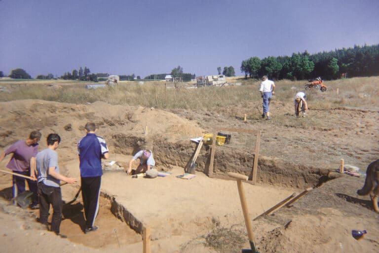 Prace na cmentarzysku